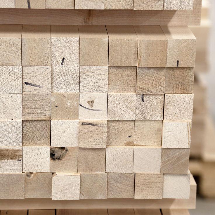 Työvaihe: Ruokapöydän valmistus | Craft: Dining table components Tuotantolinja: Pöydät | Production line: Dining  #pohjanmaan #pohjanmaankaluste #käsintehty #craftsman #craftsmanship #handmadefurniture #furnituremaker #furnituredecor