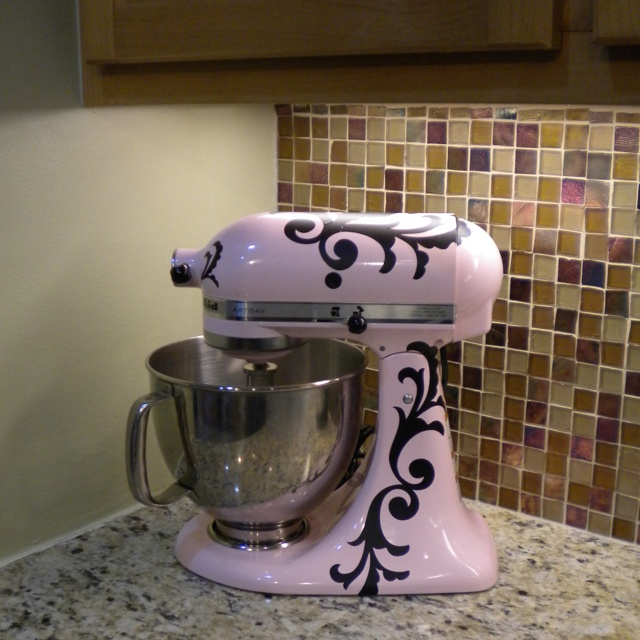 Decorated Kitchen Aid, Need This