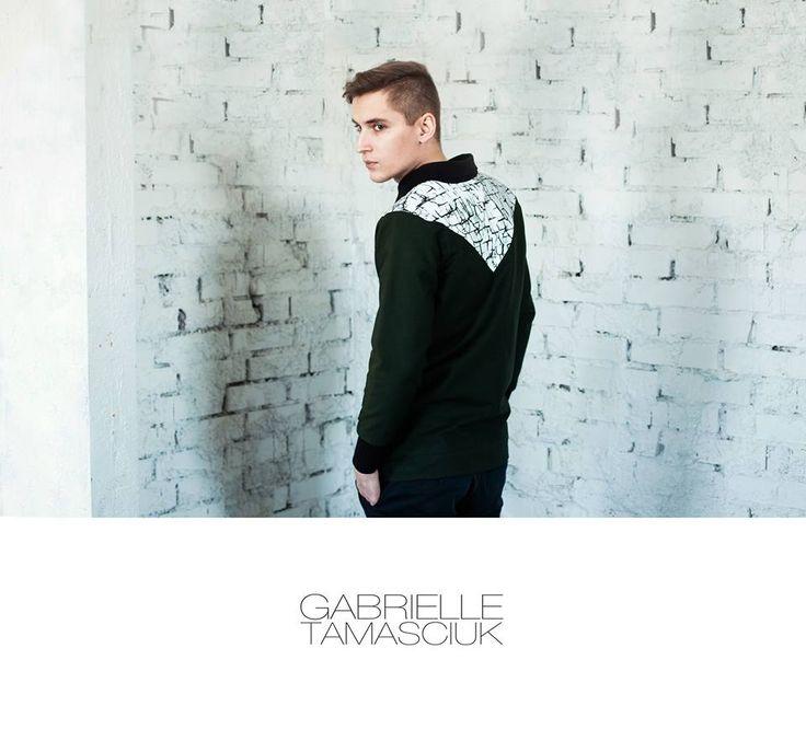 Jacket: Gabrielle Tamasciuk Photo: Aistė Sendžikaitė Model: Ąžuolas Mačiokas