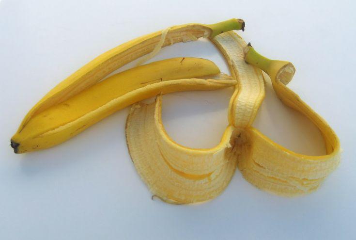 Nikdy nevyhazujte slupku od banánu! Je účinným kosmetickým přípravkem