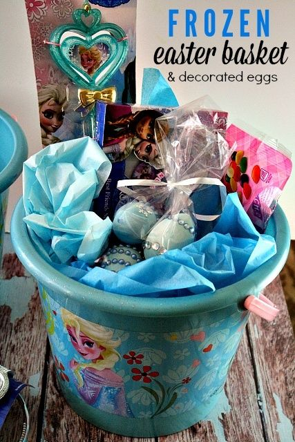 28 best frozen themed easter images on pinterest easter eggs how to make an easy diy frozen easter basket and frozen inspired easter eggs the perfect gifts for the hoilday along with a personalized tub and water negle Image collections