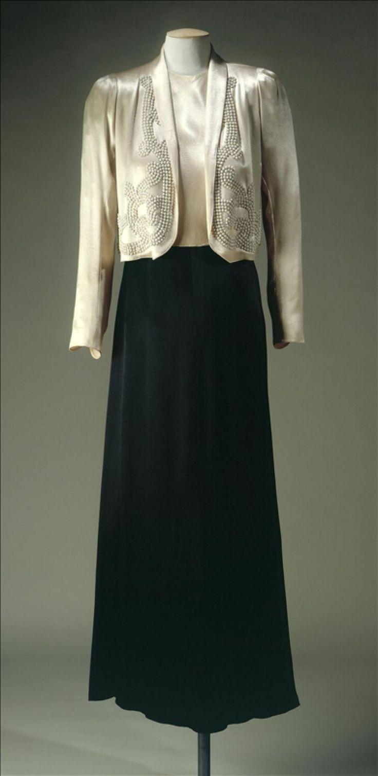 Evening suit | House of Lanvin | France | Summer 1937 | satin | Palais Galliera, musée de la Mode de la Ville de Paris | Museum #: GAL1966.1.4 A et B