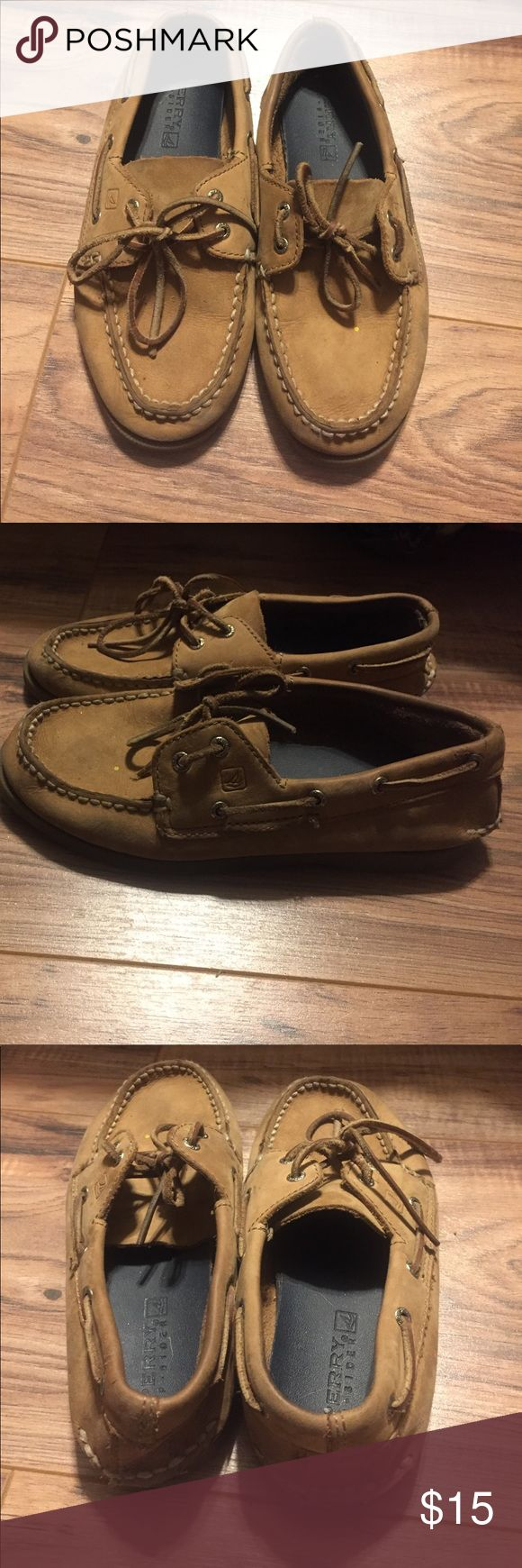 Boys Sperry Top Sider Tan colored sperry top sider little boys size 1. Good condition. Well loved and broken in still lots of life left in them. Sperry Top-Sider Shoes