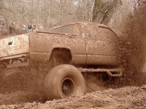 Google Image Result for http://s3.vidimg02.popscreen.com/original/52/dXNDSlVmQng5ZTgx_o_mud-trucks---bounty-hole-at-red-river-mud-bog---part-2.jpg