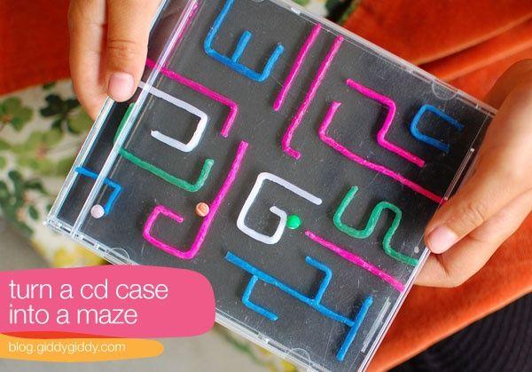 Spelbord maken uit een cd hoesje & rietjes