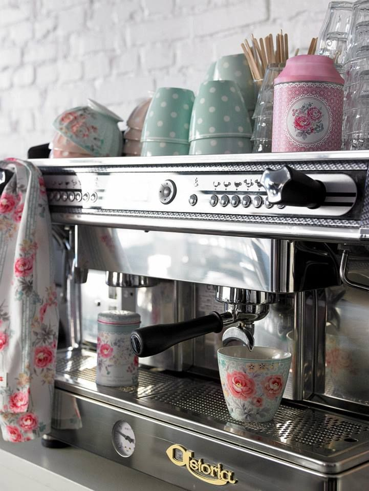 Would love this! Coffee and Cath Kidston :)