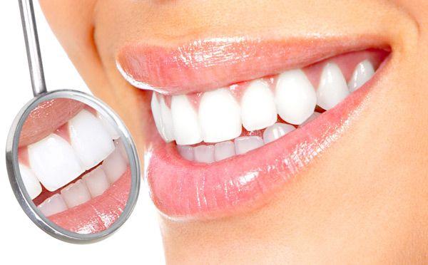 http://www.degidi.it/ Un bel sorriso è il nostro biglietto da visita e per questo è meglio mantenerlo in salute. Se mancano uno o più denti si può ricorrere all'#implantologia #osteo-integrata. Visita adesso!
