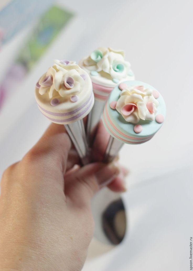 Купить Вкусные ложки нежные с розами купить под заказ - бледно-розовый, сиреневый, голубой
