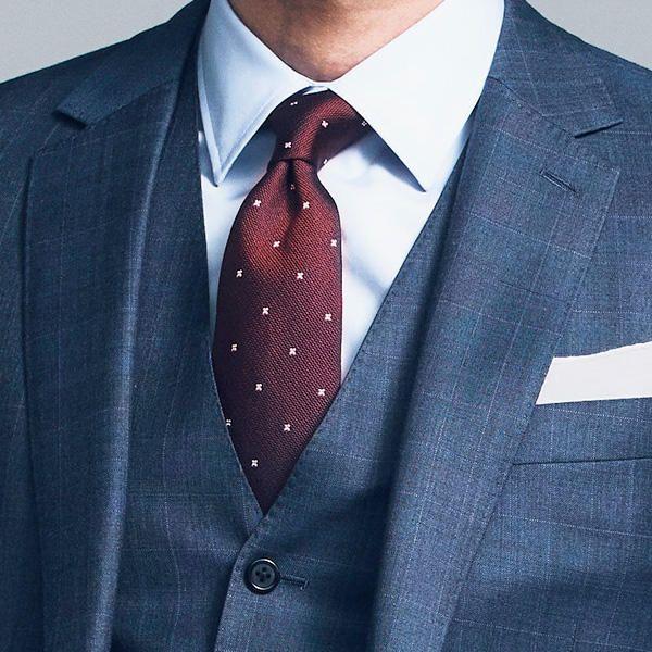 【1分で出来るスーツのお洒落】「3ピーススーツ」のベストはどんな形が着やすい?風格が出る「3ピーススーツ」、買うならこんなディテール!