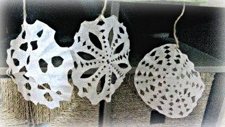 Make unique snowflakes from coffee filters. A great activity to do when it is snowing, or just yuck outside. Nurture the experience by learning about how snowflakes are formed. What makes real snowflakes so unique? Book recommendations to enhance the activity.