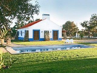 Monte no Litoral Alentejano com Piscina. Junto a Barragem e Praia Aluguer de férias em Santiago do Cacém (Vila) da @HomeAway Portugal