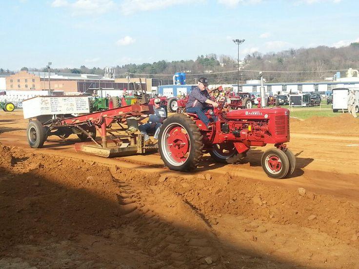 Antique Tractor Pull Tractors : Antique tractor pulling facebook autos we
