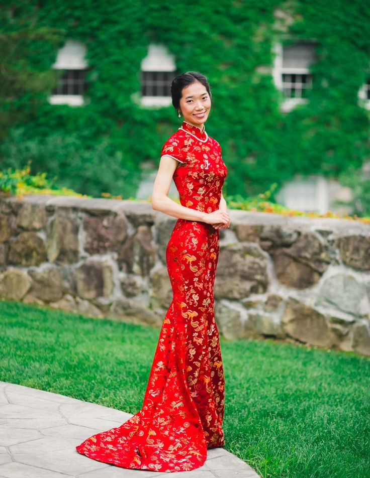 1000 Ideas About Chinese Wedding Dresses On Pinterest