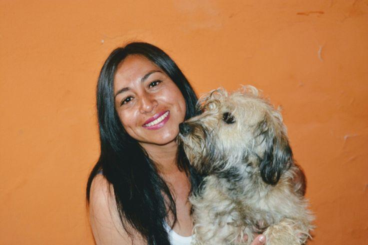 Amor de madre y mascota