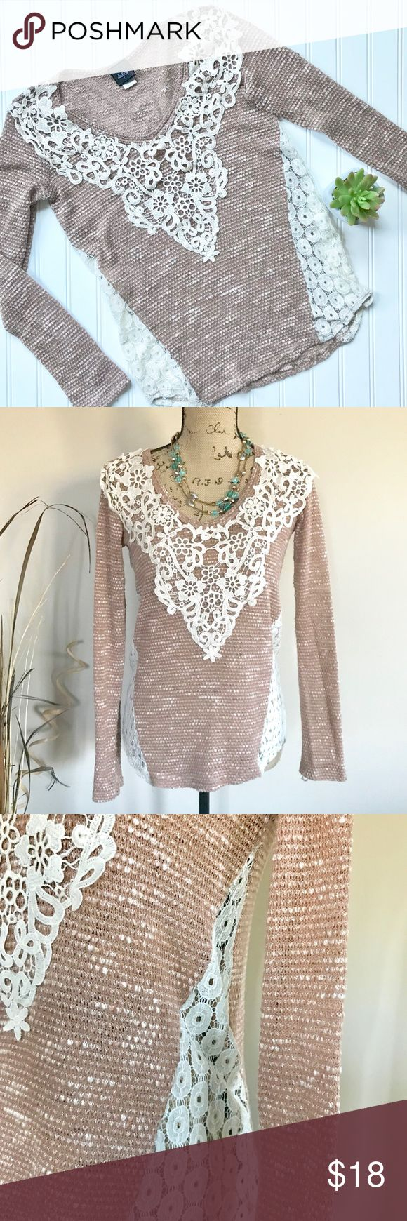Daytrip lace inset top Brown and ivory knit top by Daytrip for Buckle has a lace yolk overlay and lace insets on each side. Full length sleeves, scoop neck, rounded hem. Size M. Excellent condition, no flaws. Polyester/rayon blend. Buckle Tops