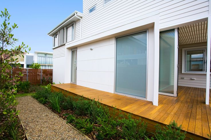 Blending the outdoors with the indoors, Rockpool Terraces featuring #Scyon™ #Linea™ #weatherboard #architecture #design #living #home #house