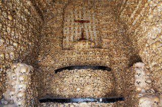 Bones-Chapel-Capela-dos-Ossos-Evora-Portugal-2