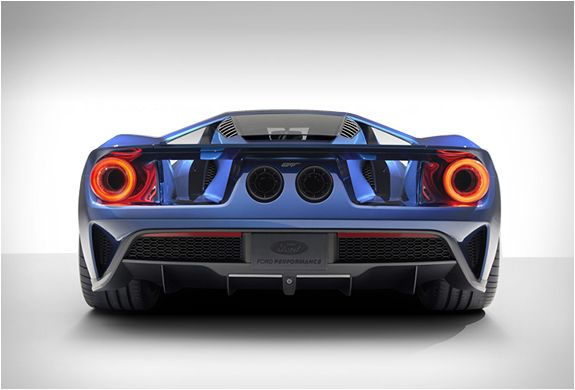 2016 FORD GT -  the Ultra-High-Performance Supercar