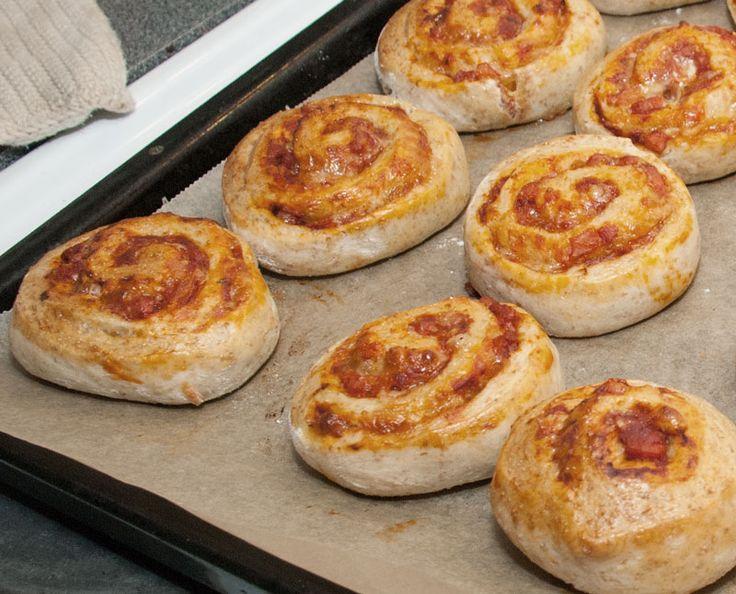 Little pizza rolls / pizzasnegle