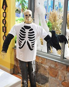 Rib Cage T-shirt: Diy Crafts, Halloween Costumes, Cages T Shirts, Diy Skeletons, Cages Tshirt, Skeletons Shirts, Martha Stewart, Ribs Cages, Cut Out