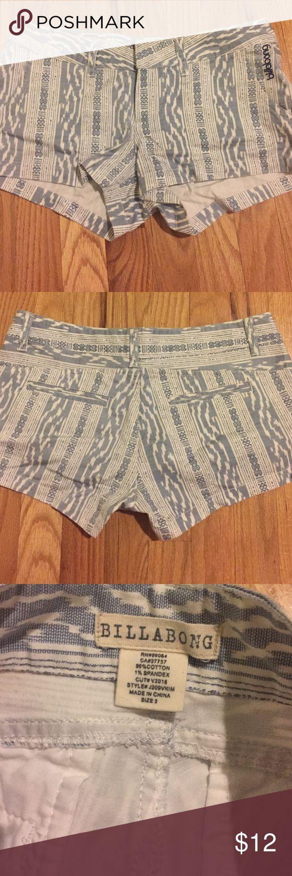 Billabong juniors shorts Women's billabong shorts. Size 3 juniors. Worn once, in excellent condition! Billabong Shorts