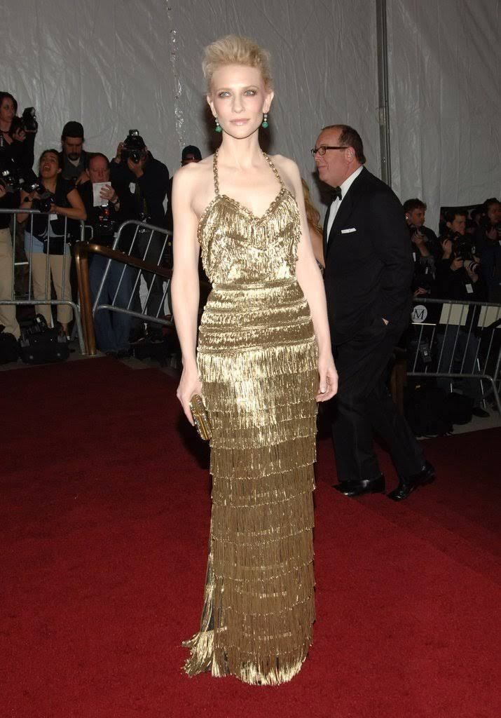 Cate Blanchett stole the show in 2007, wearing a gold fringe column gown by Balenciaga designer Nicolas Ghesquière.