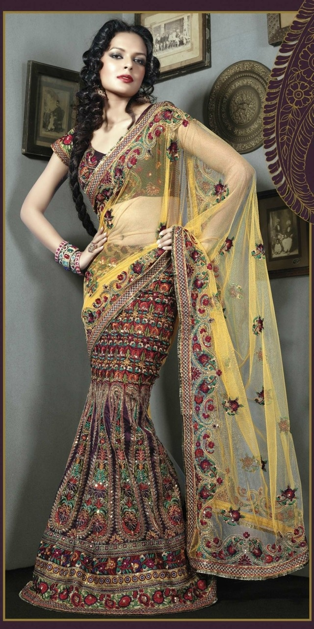 Indian Fashion Trend offers custom made and ready to wear Indian Sarees #TripToIndia
