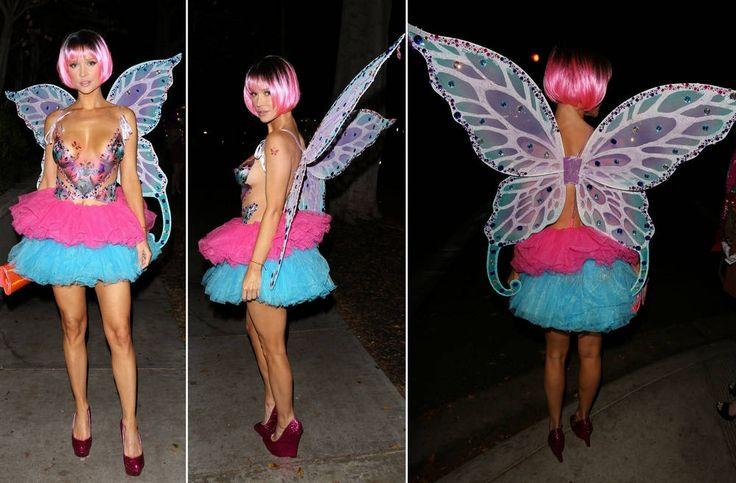 Joanna Krupa in the Original Costume for Halloween, http://happybrainy.com/joanna-krupa-costume-halloween/