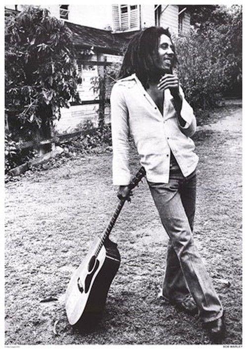 It's a very beautifull photo of Bob Marley