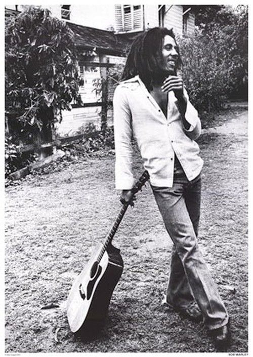 It's a very beautifull photo of Bob Marley