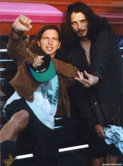 Eddie Vedder (Pearl Jam) & Chris Cornell (Soundgarden)