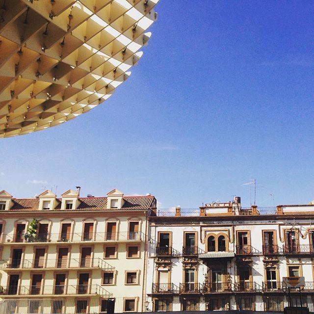 • Antico e Moderno •  #sivilla #siviglia #lasetas #metropolparasol #mayer #breathtrip #puntoevirgola #officinadelturismo