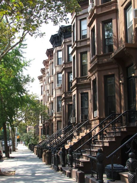 I live in a brownstone in New York City, in my second life.