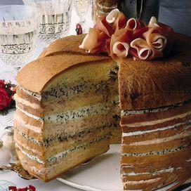 Il panettone salato farcito fra gli antipasti di Natale - Ricette delle feste | Donna Moderna