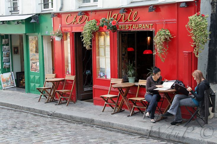 Paris Street Cafe - OutdoorPhoto Gallery