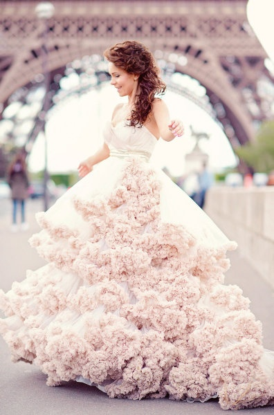 pink wedding dress #brayola #weddingdress
