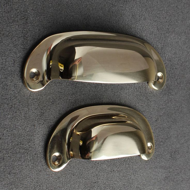 PLAIN SOLID BRASS DRAWER PULL HANDLES CLASSIC STYLE. Cast in solid brass, polished and unlacquered to age naturally. Plain Brass Drawer Pulls made from original authentic Victorian patterns. Would look lovely on any piece of furniture. | eBay!