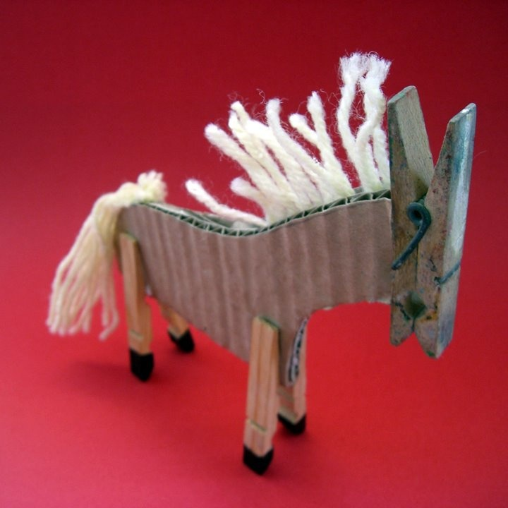 A pair of wooden clothespins become the legs for all kinds of 4-legged critters ;-)