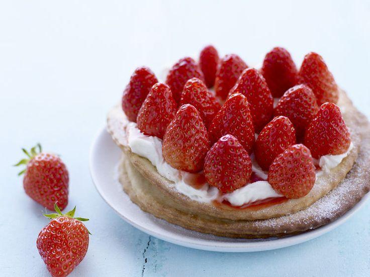 Avec les lectrices reporter de Femme Actuelle, découvrez les recettes de cuisine des internautes : Tarte fine aux fraises