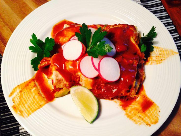 À porc egal: Enchiladas aux haricots rouges, sauce à enchiladas maison