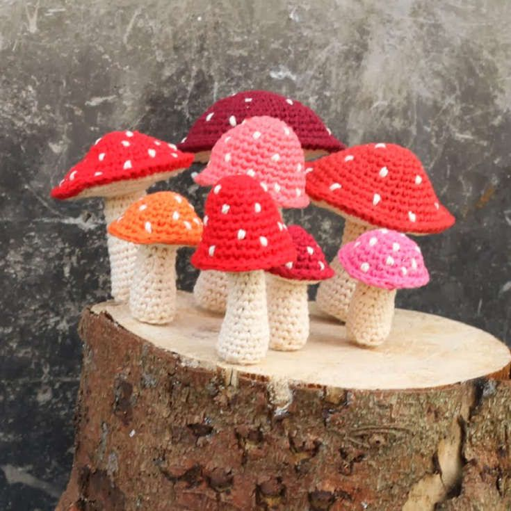 Free crochet pattern for mushrooms