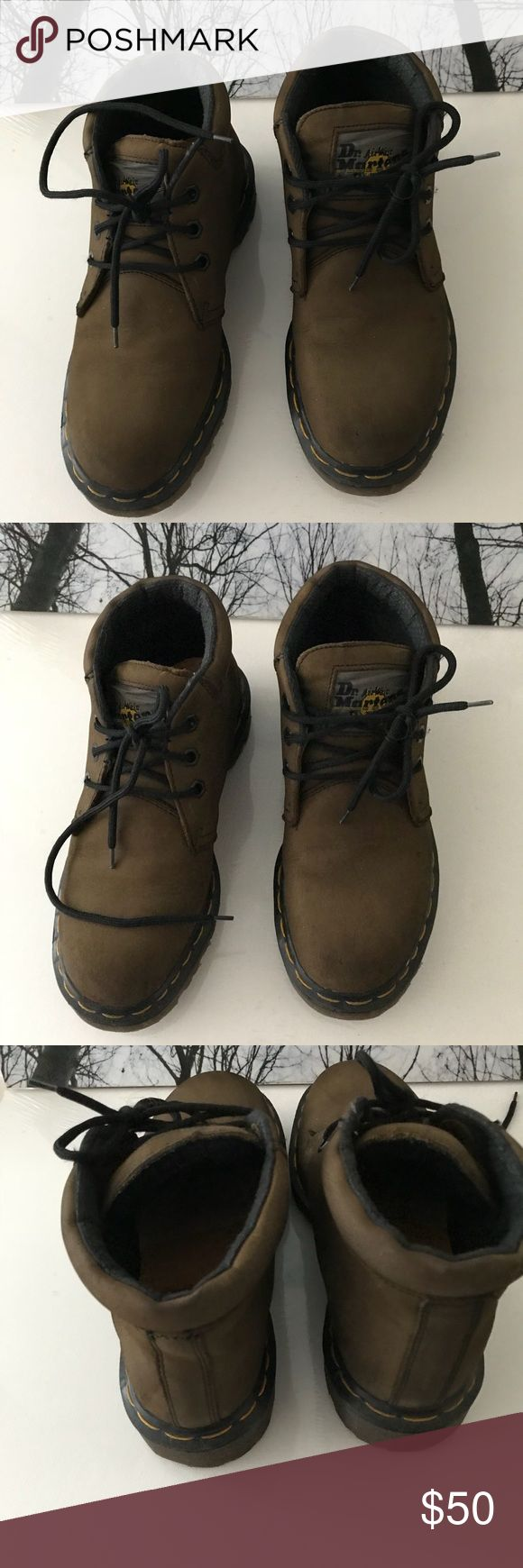 VERY FIRM‼️‼️ Boots St Martens Boots in good condition. St. Martens shoes are durable and lasts so long. These were worn a few times.  Size:4 St. Martens Shoes Boots