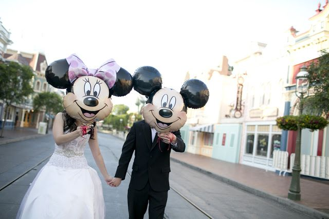 23 Things You Should Never Say to a Disney Bride // Photo by Sarina Love Photography