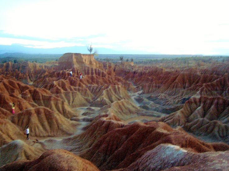 Desierto de la Tatacoa, Huila, Colombia. #DesiertodelaTatacoa #Huila #Colombia #DesiertoColombiano #TierraQuerida #TierradelOlvido #Desierto #Tatacoa