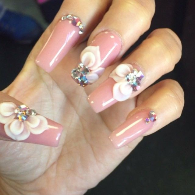 my nails done #coverpalerose #parissnails