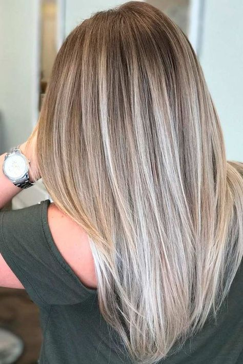 Love this color. when i see all these blonde balayage hair colors from fall to winter it always makes me jealous i wish i could do something like that I absolutely love this blonde balayage hair color so pretty! Perfect!!!!!