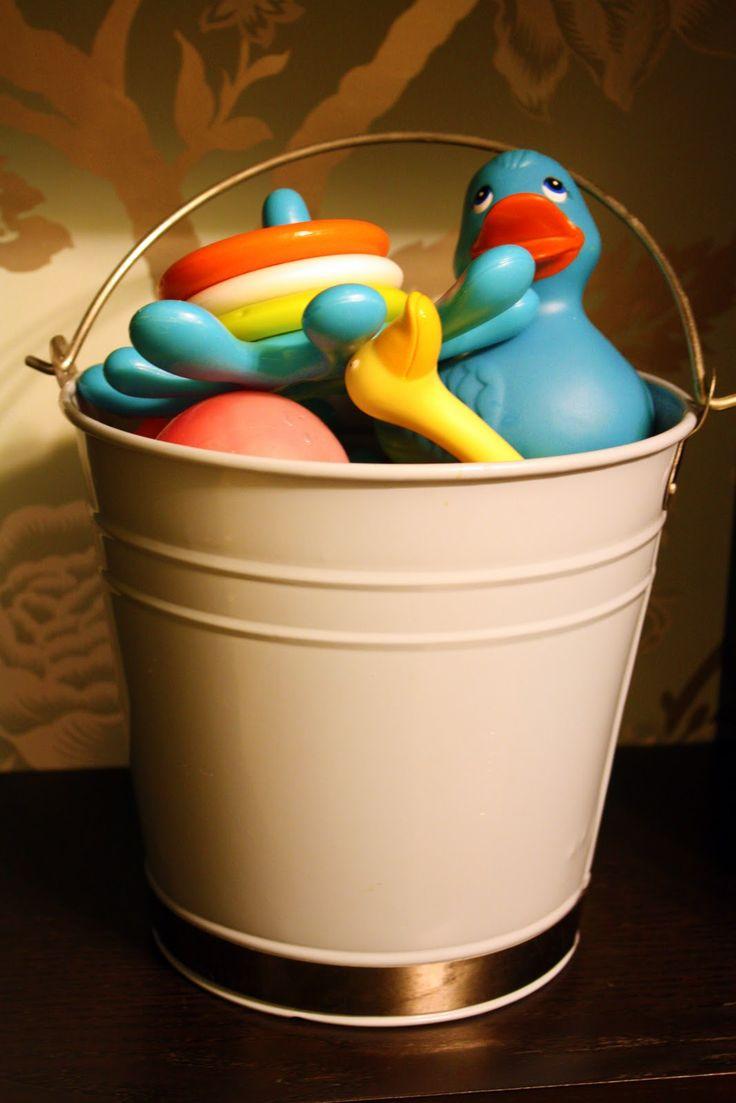 best 25 bath toy storage ideas on pinterest kids. Black Bedroom Furniture Sets. Home Design Ideas
