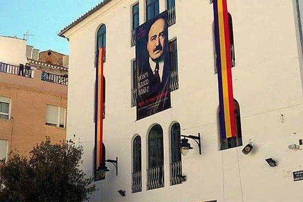 Multa de 1.800 a un ajuntament valencià per exhibir la bandera republicana