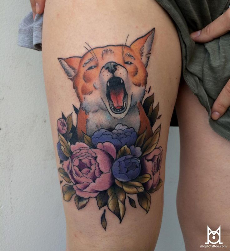 Fait à la conv de Montpellier, merci Marie!💪🏼 #tattoo #montpellier #montpelliertattooconvention #fox #foxtattoo #peonies #colortattoo #mojitotattoo