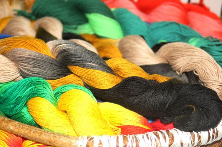 Colored yarn/色糸
